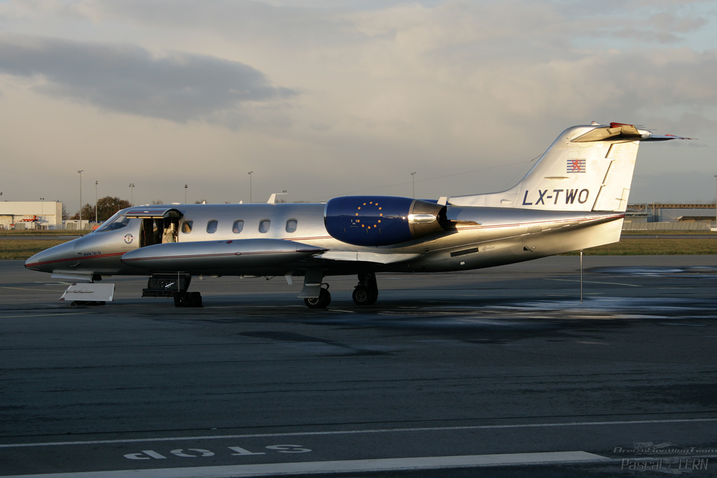 Learjet 35A - LX-TWO